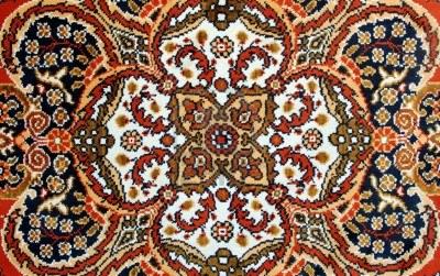 Comprar una alfombra en turqu a un gui o a turqu a for Alfombra persa roja