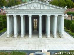 Temple of Artemis in Miniaturk