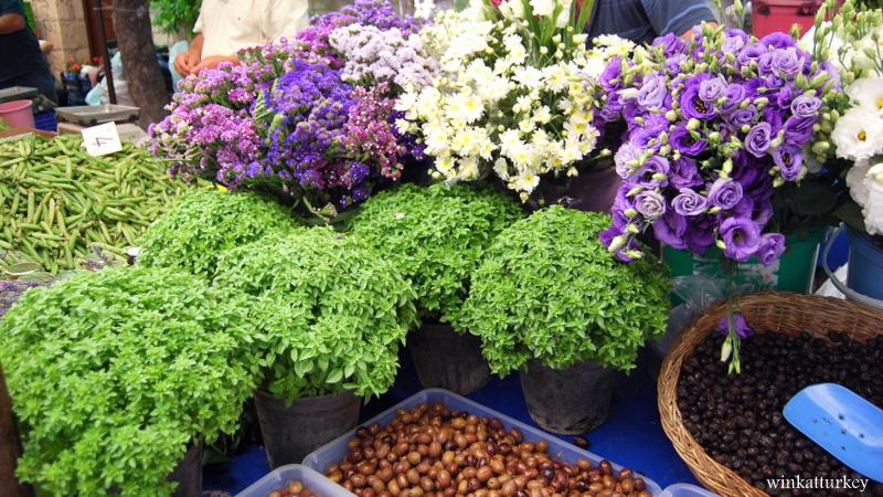 Colorful Alaçati pazarı